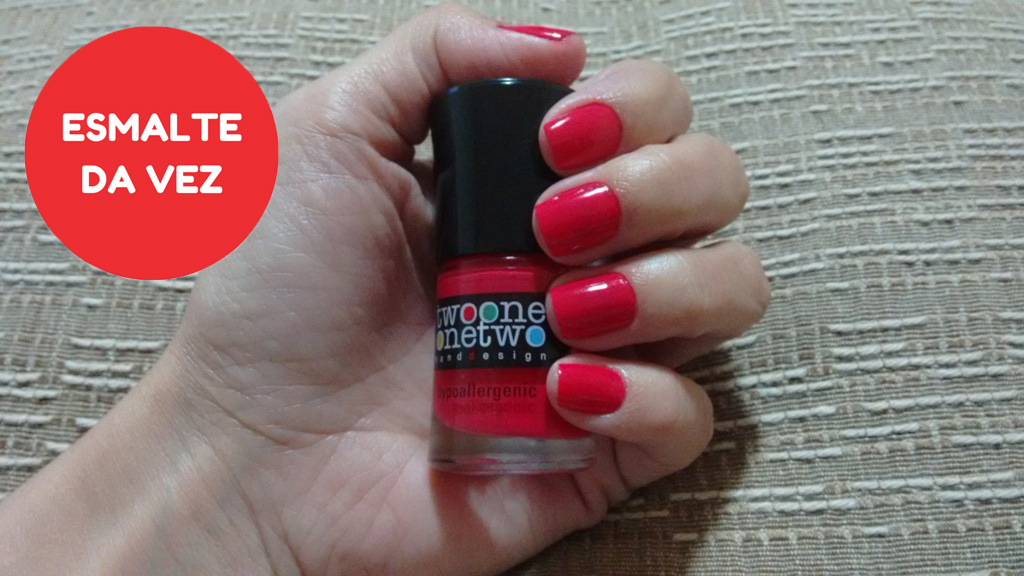 Esmalte_Two One One Two_Poppy Red